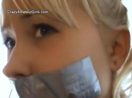 تتعرض الفتاة الآسيوية المقيدة للإذلال أكثر من مالكها الجديد