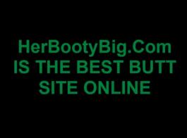 امرأة سمراء مطيع مع كبير الثدي هو اللعب بوسها قلص ويئن من المتعة أثناء كومينغ
