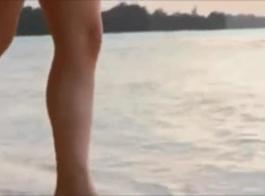 مثير الآسيوية سمراء كسر راقصة حقيقية بعد مرح الثدي