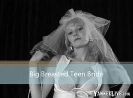 في سن المراهقة مع كس أعلى ضخمة الثدي كبيرة الحمار في سن المراهقة لعق كس العصير لها قرنية الخطوة أمي
