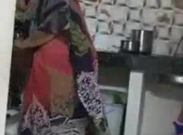 التاميل التاميل الجمال شيلا جينينغز إعطاء اللسان والحمار لوجه