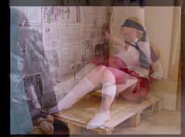 شقراء رائعتين اختطفت وأذلت سخيفة صغيرة في سن المراهقة جبهة مورو اشتعلت من قبل أب منحرف