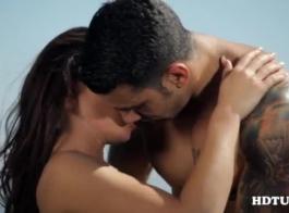 عظيم يبحث فاتنة الآسيوية هو ممارسة الجنس عارضة في غرفة النوم، في الصباح الباكر.