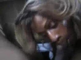صغيرتي، بروكلين بلينموث امرأة سمراء تعطي مشعرات لطيفة كريس لأول مرة