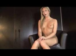 ليا لوف توزع الجنس أثناء الاستحمام للحضارة المفلسة كعبد جزء 2