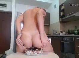 كريم كعكة مشعرات ضخمة حقنة شرجية