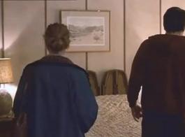لا تستطيع جينيفر أنيستون الانتظار حتى يقوم تشاد دانيلز بزلق قضيبه داخل فمها
