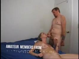الفتاة اليابانية وغريبها غريب كانت تجعل الفيديو الإباحية، فقط للمتعة