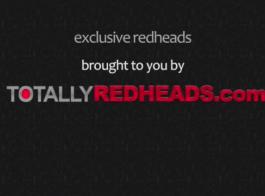 أحمر الشعر نحيل مص
